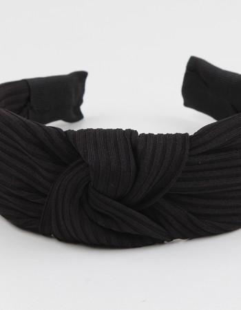Siyah Düğümlü Naturel Pliseli Taç